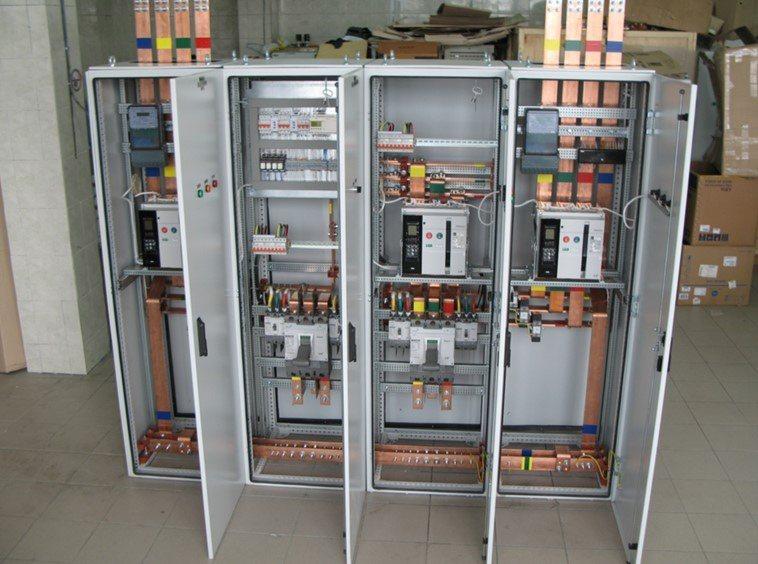 Устройства компенсации реактивной мощности (УКРМ)